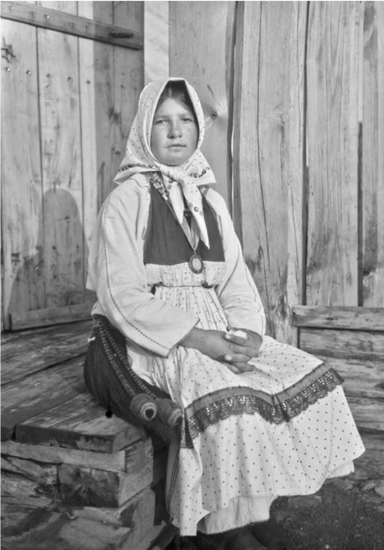 Мордовская девушка