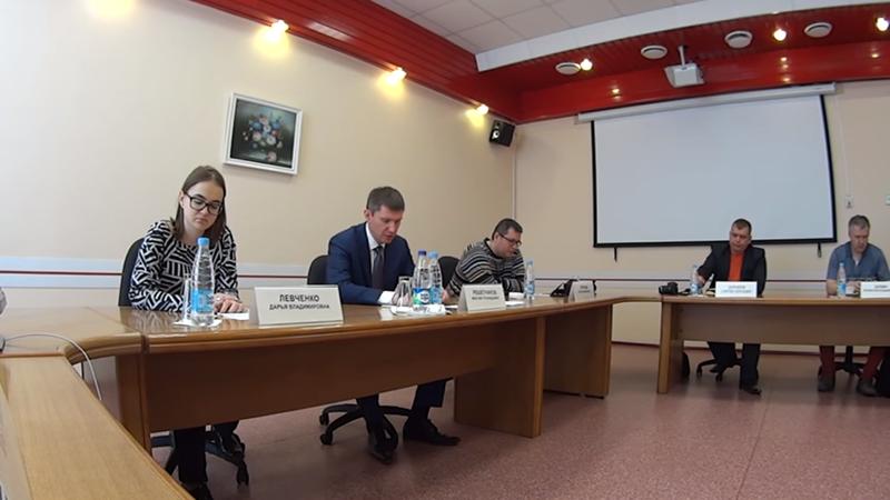 Кадр из видео со встречи врио губернатора Пермского края Максима Решетникова с блогерами.png