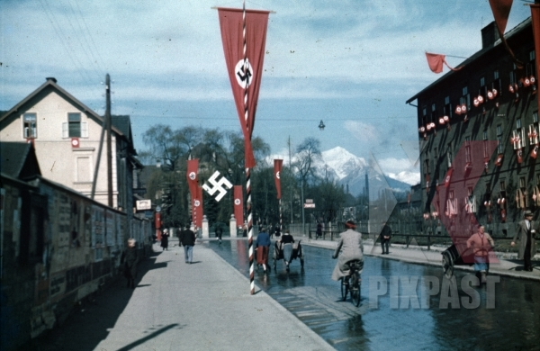 stock-photo-leoben-austria-1938-hitler-himmler-train-visit-industry-and-mines-flags-street-bicycle-propaganda-posters-9737.jpg