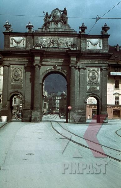 stock-photo-triumphpforte-innsbruck-austria-1939--12222.jpg