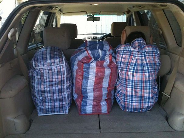 Веселые случаи, когда одежда совпала с окружением (22 фото)