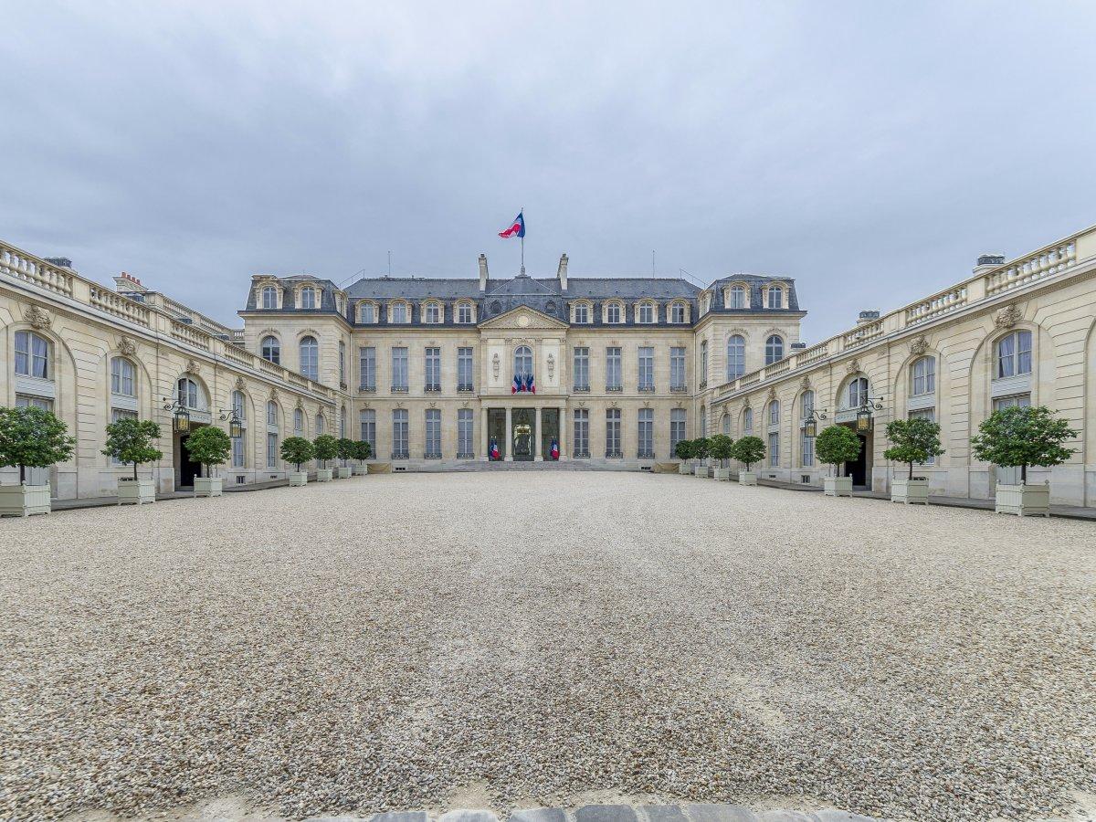 Елисейский дворец служит официальной резиденцией президента Французской Республики с 1840-х годов. П