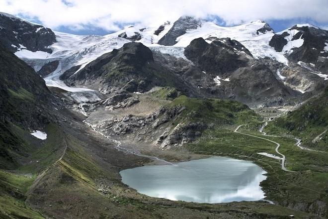 Ледник Менденхолл, Аляска — 1894 Расположенный недалеко от города Джуно на Аляске Панхэндл, ледник М