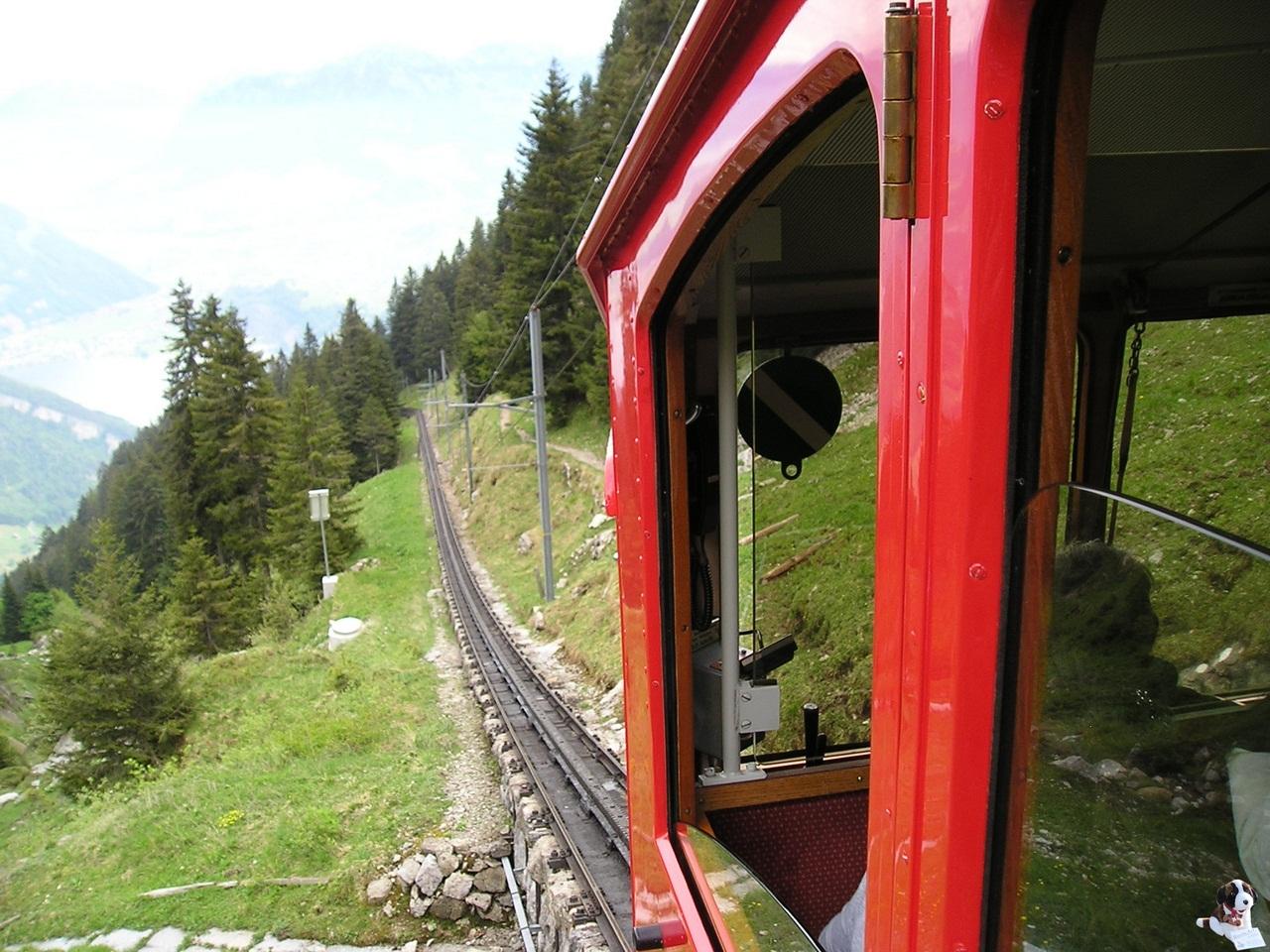 По маршруту Пилатусбан курсируют 10 вагонов вместимостью 40 человек каждый. Максимальная пропускная