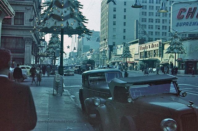 Западная часть Голливудского бульвара с Вайн-стрит, 1948 год.