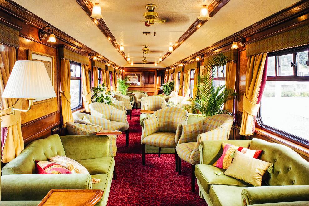 MAHARAJAS' EXPRESS (ИНДИЯ) Открытый в 2010 году маршрут проходит между Дели, Джайпуром, Агрой,