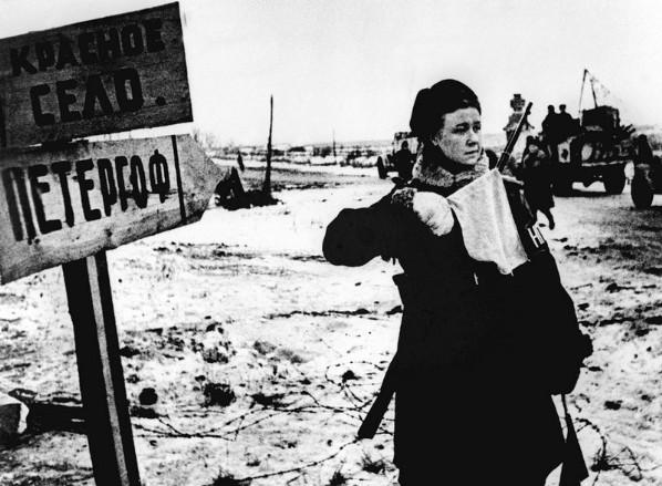 Блокада Ленинграда прорвана. Вперед на запад.jpg