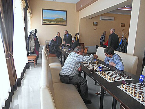 В зале шахматных поединков ... DSCN1877.JPG
