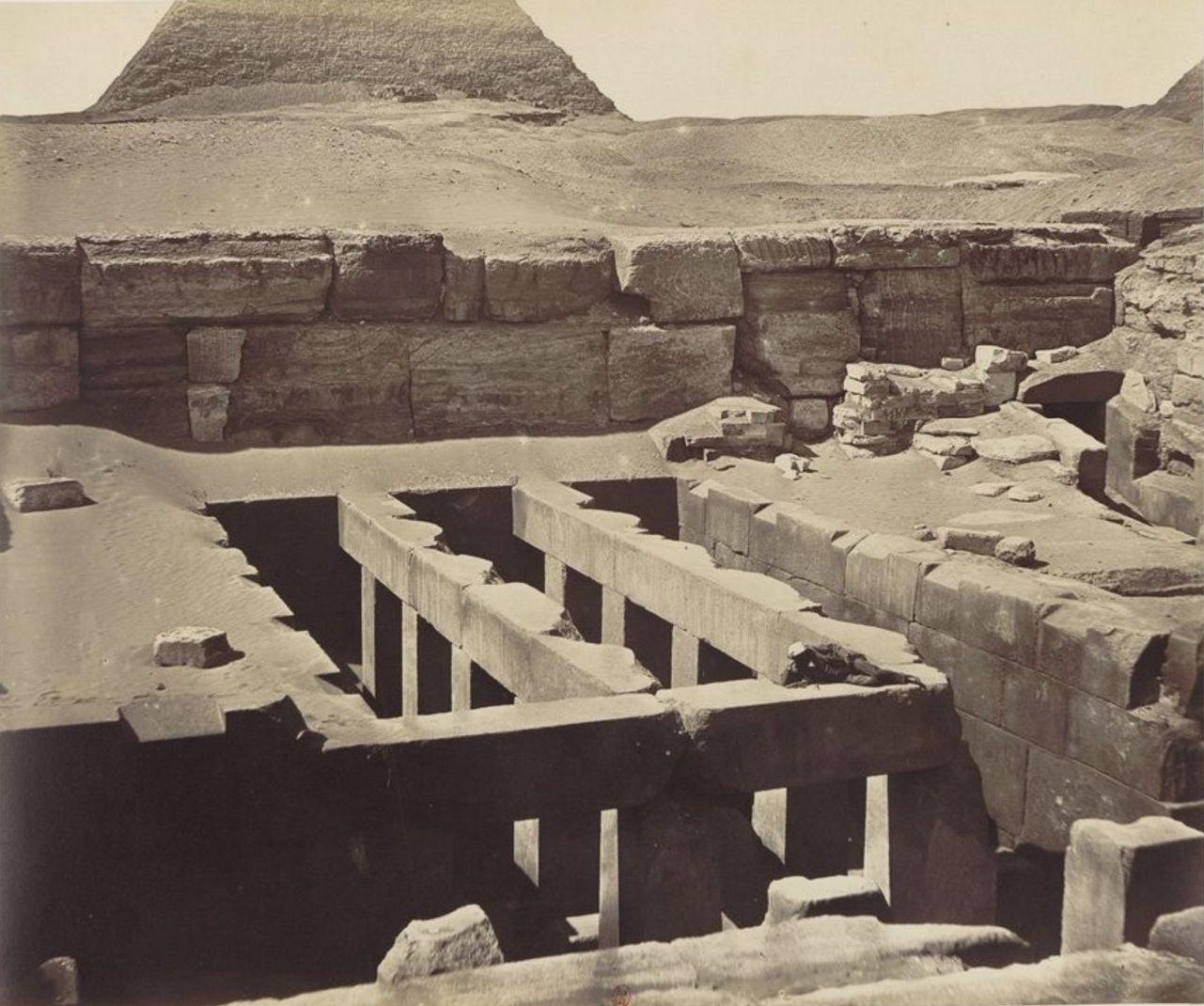 Гиза. Погребальный храм Хефрена. 1862