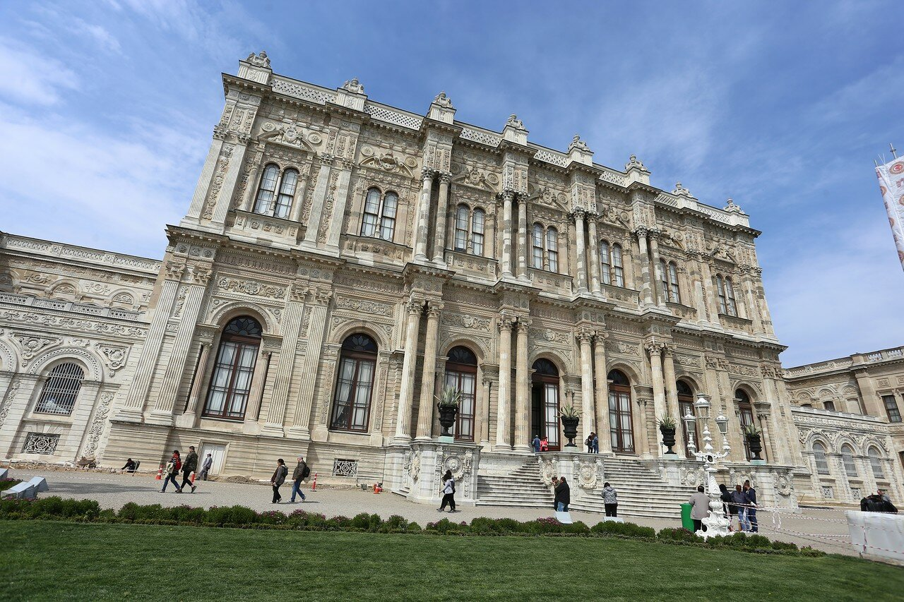 Istanbul, Dolmabahce Palace. Ceremonial hall (Muayede Salonu)