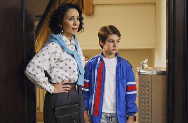 Перед классом (2008) Главный герой страдает синдромом Туретта. Болезнь проявляется в самое неожиданн