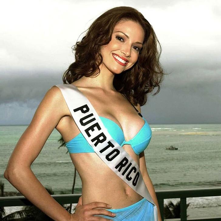 Дениз Киньонес, Пуэрто-Рико. «Мисс Вселенная — 2001». 20 лет, рост 178 см.