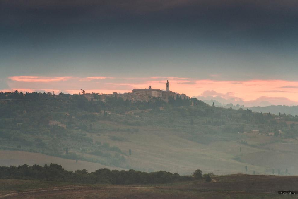 Один из самых растиражированных тосканских пейзажей — вилла Бельведере! Она и правда прекрасно