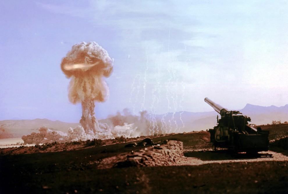 Испытанию ядерного оружия — 72 года (35 фото)