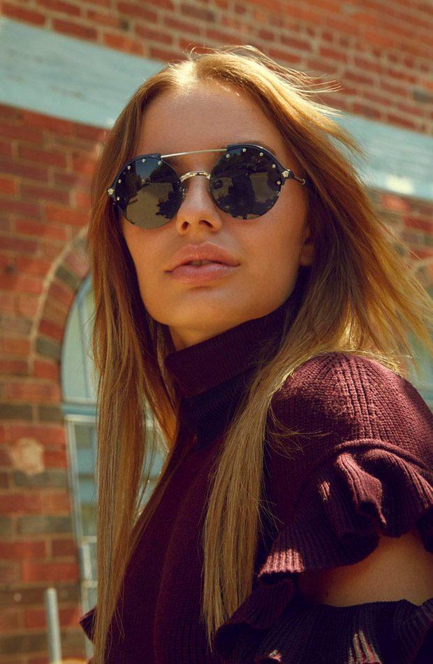 Соня Есьман для Versace (8 фото)