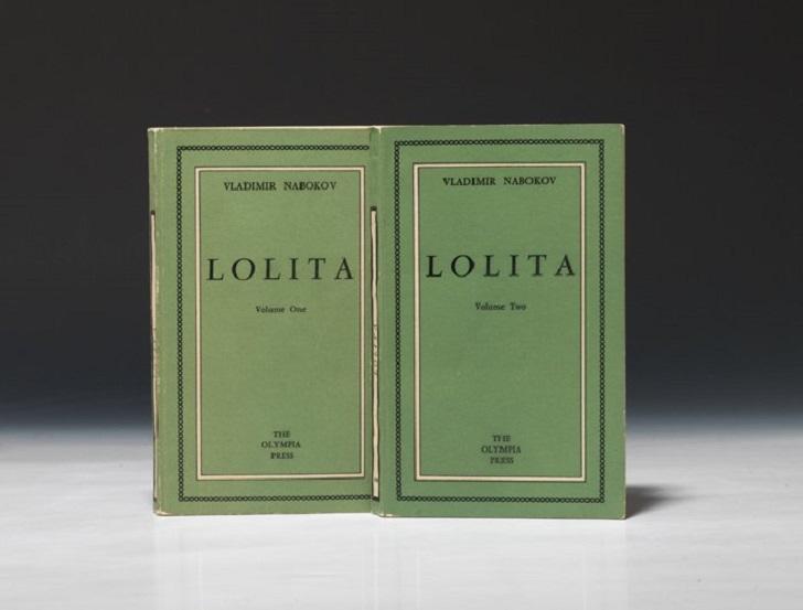 2. Первое издание «Лолиты». Книга была опубликована в Париже в издательстве «Олимпия Пресс», которое