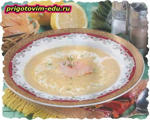 Грибной крем-суп с семгой