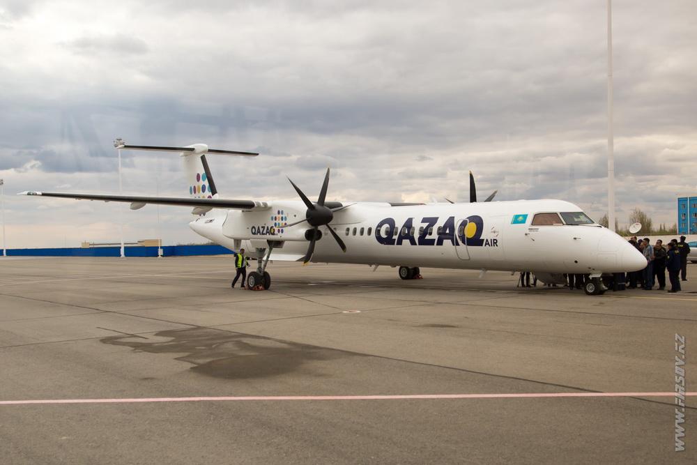 Dash-8_P4-NUR_Qazaq_Air_15_KZO.JPG