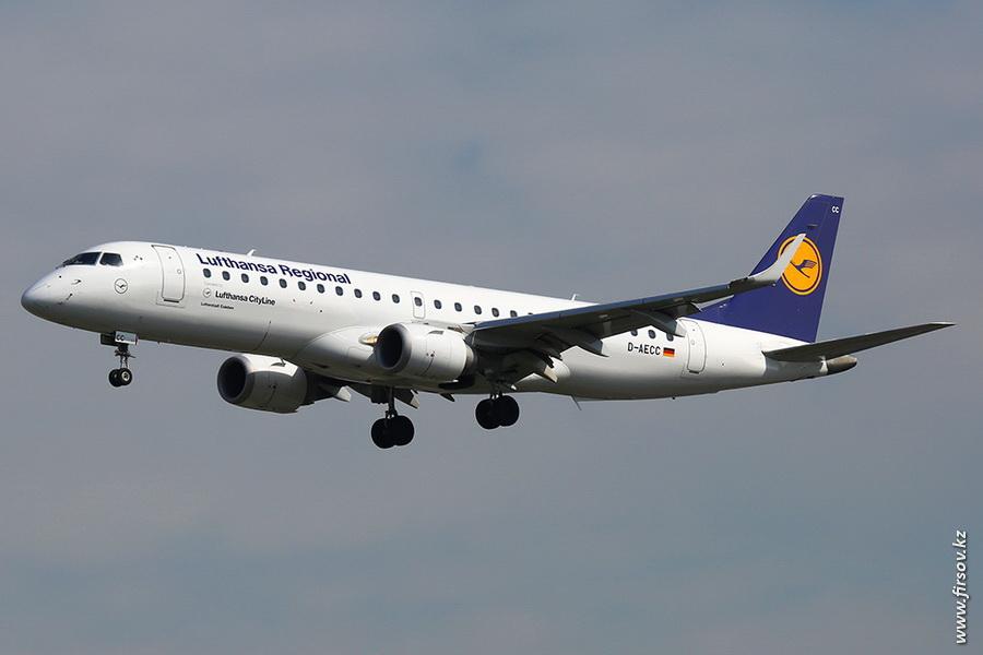 Embraer_ERJ-190_D-AECC_Lufthansa_Regional_zps0a0e8fc5.JPG