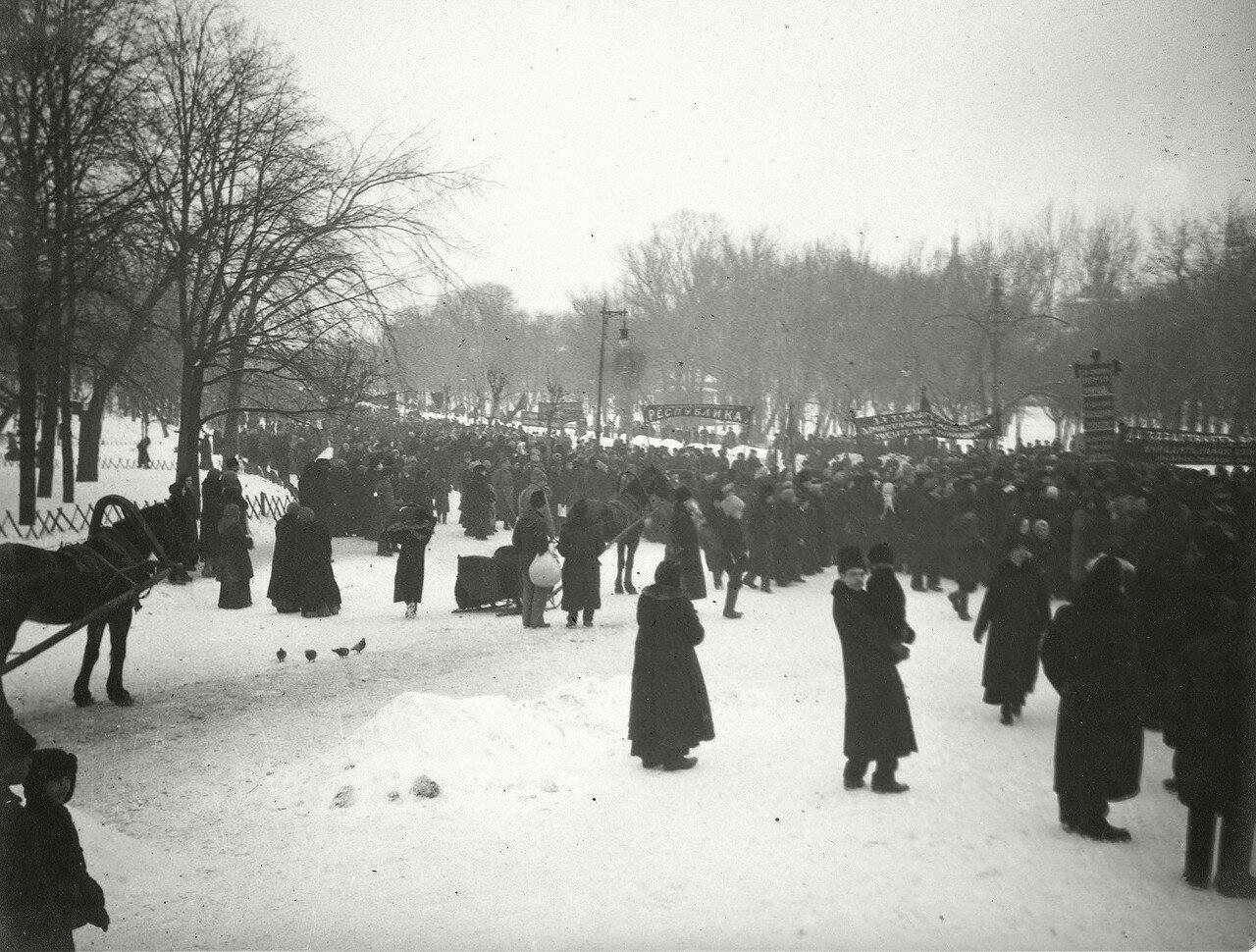 589677 Февраль 1917-го. Екатерининский парк.jpg