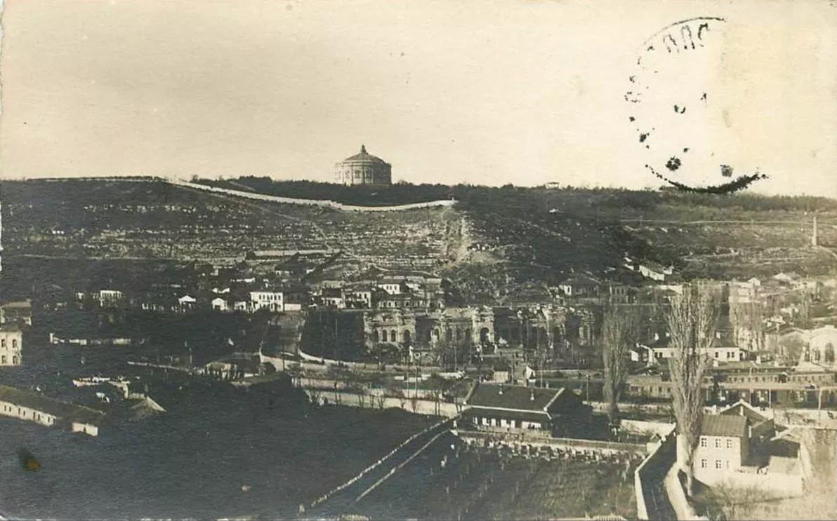 1918. Вид с Зеленой горы на Исторический бульвар