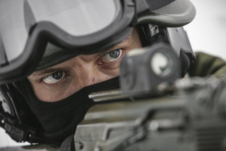 Новость, взорвавшая рунет: Трамп нанял для личной охраны российских спецназовцев (3 фото)
