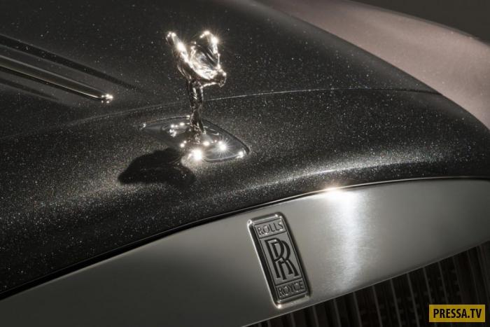 Компания не озвучила стоимость специального покрытия, но в базовой комплектации стоимость автомобиля