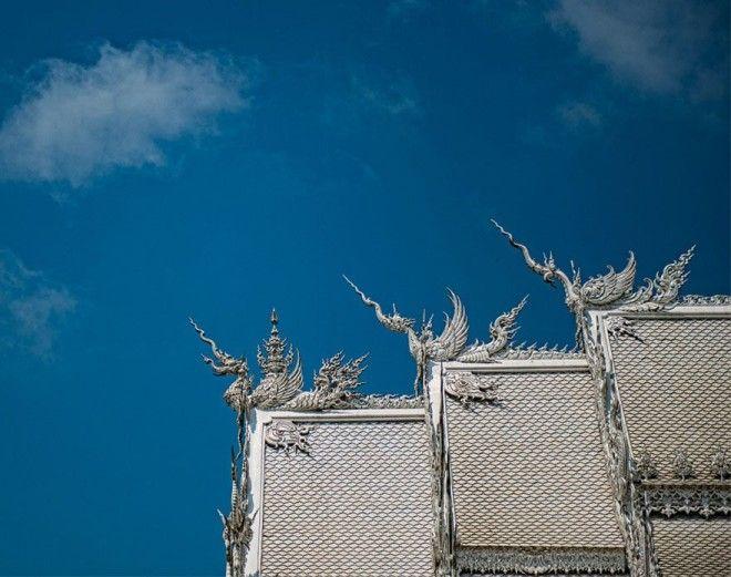 Белый Храм В Таиланде, Похоже, Спустился С Небес