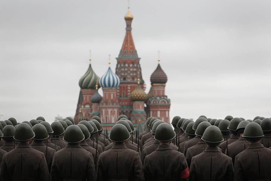 Митинг сторонников компартии на 1 Мая в Москве: