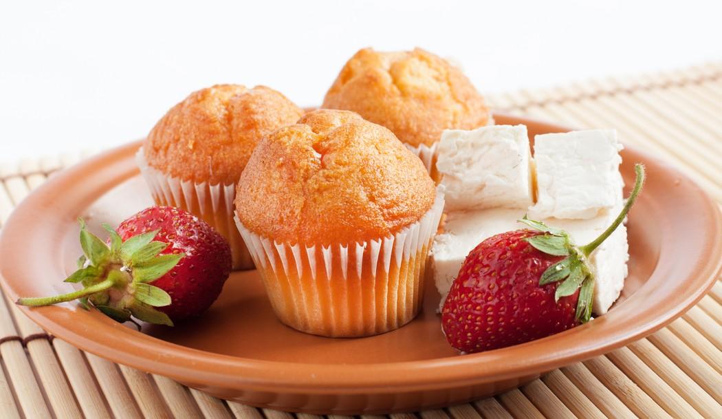 Творожные кексы Вам понадобятся: 150 г творога 3 яйца 150 г маргарина 1 стакан сахара 1 стакан муки