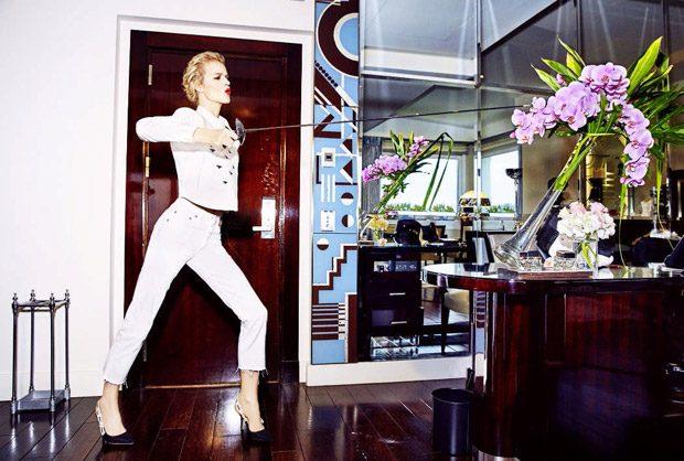 Supermodel Eva Herzigova Stuns in Dior for Elle Russia May 2017 Issue