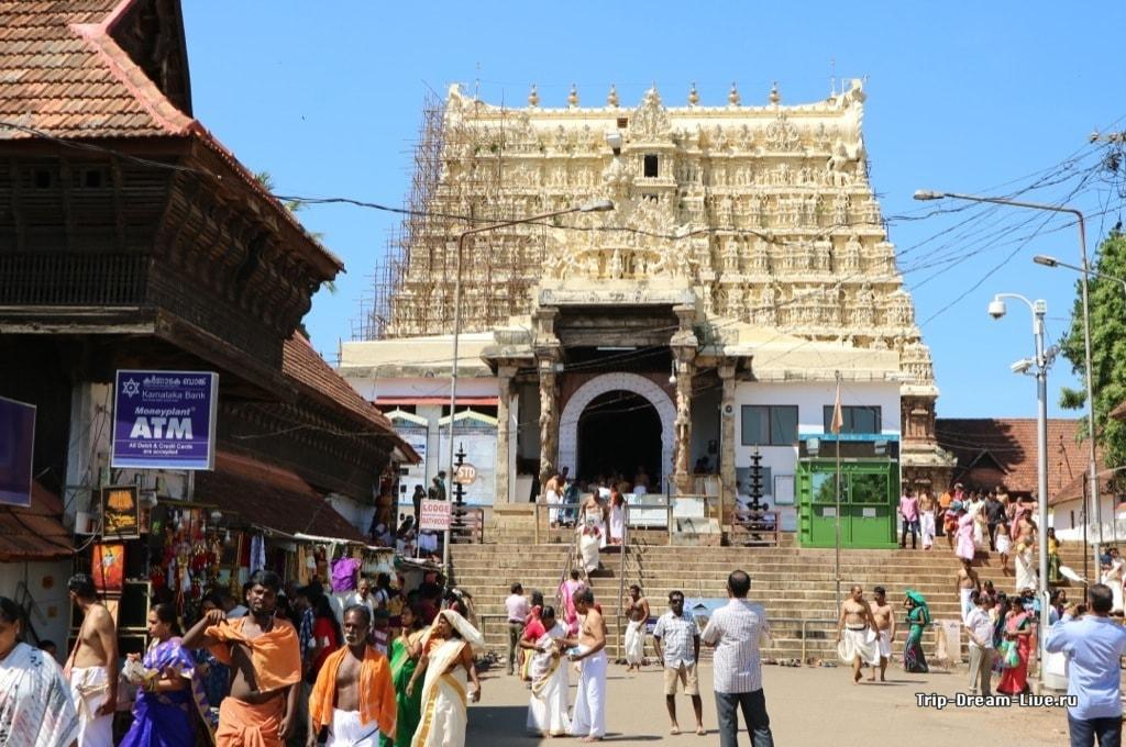 Храм Падманабхасвами