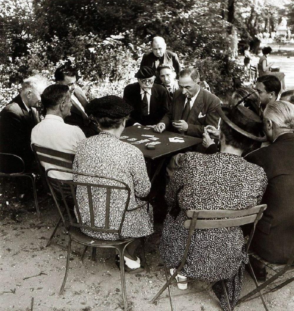 1950. Игра в белот в Люксембургском саду
