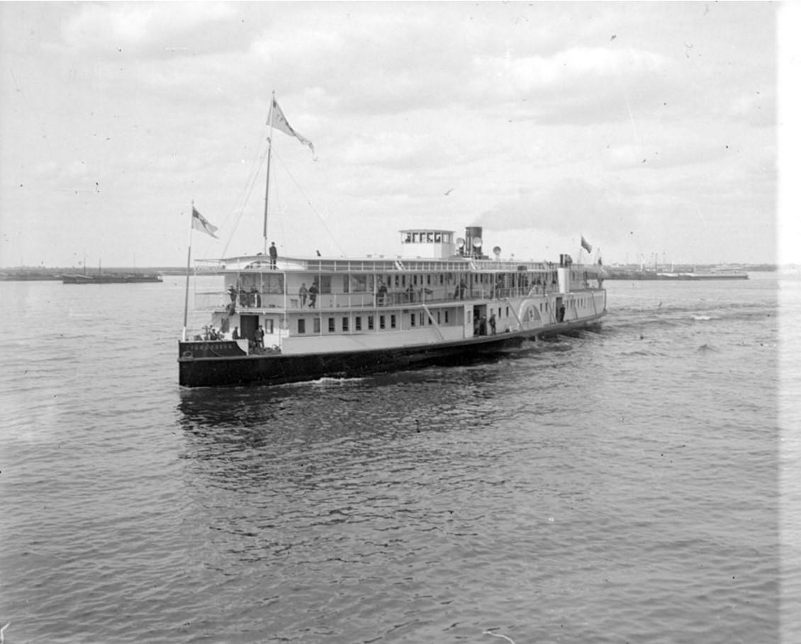 1890-1900. Пассажирский пароход. Общий вид. Нижний Новгород