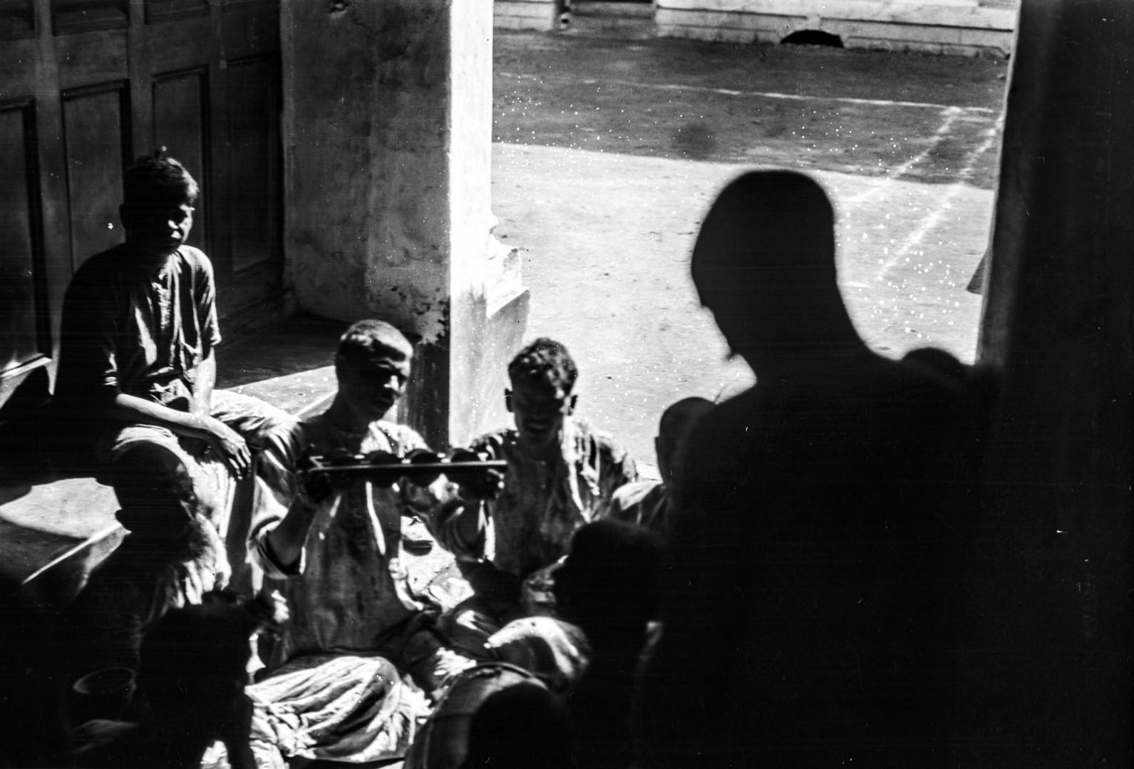 1310. Группа музыкантов в частной часовне Тагора