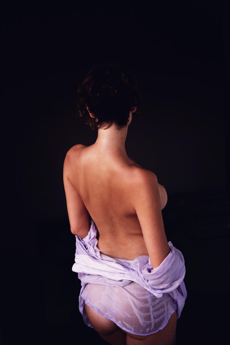 На солнце для INSOMNIA MAGAZINE | фотограф Chris Voreos