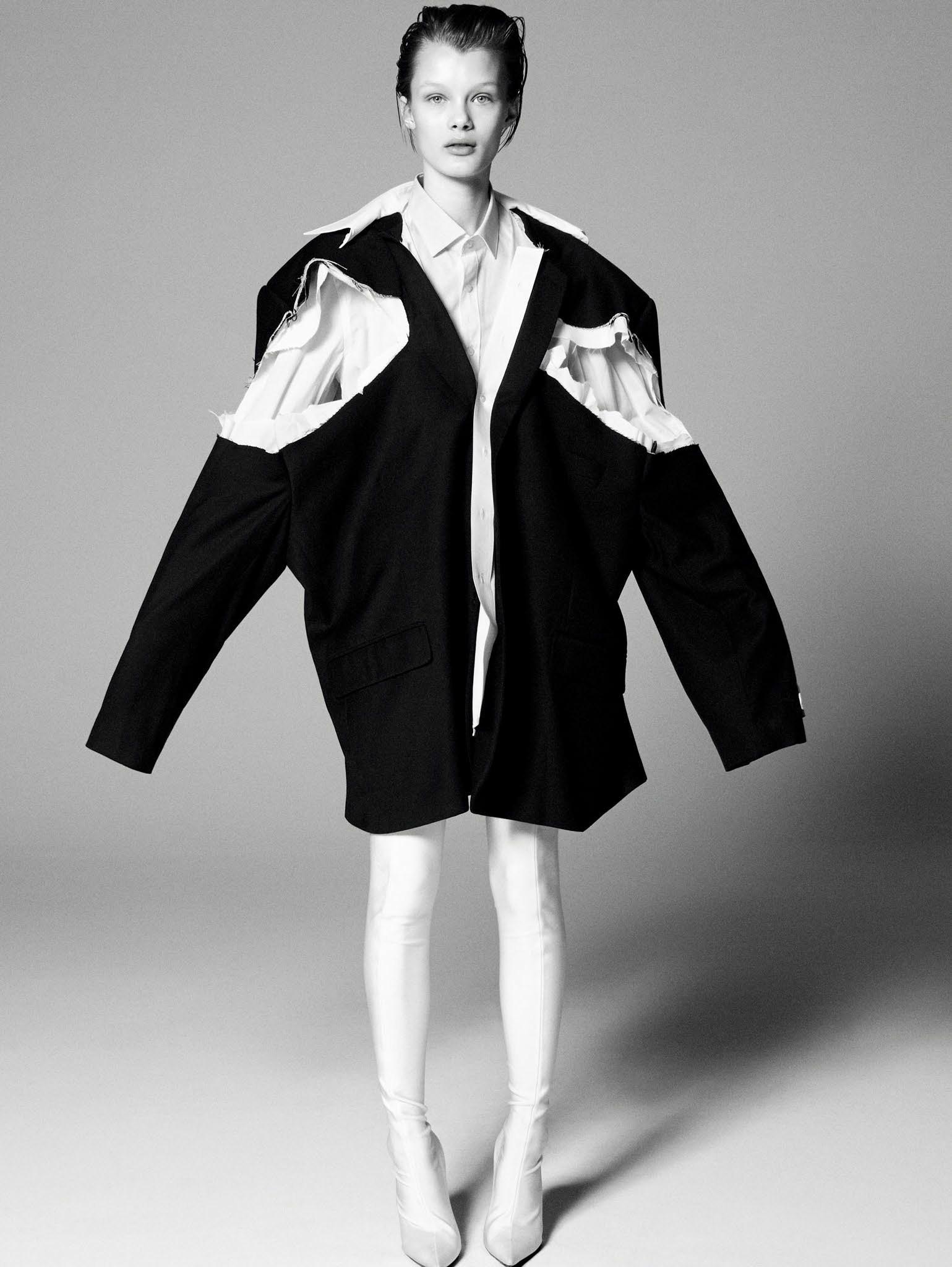 Кристина Грикайте в фотосъёмке Дэниела Джексона для китайского Vogue, май 2017 12