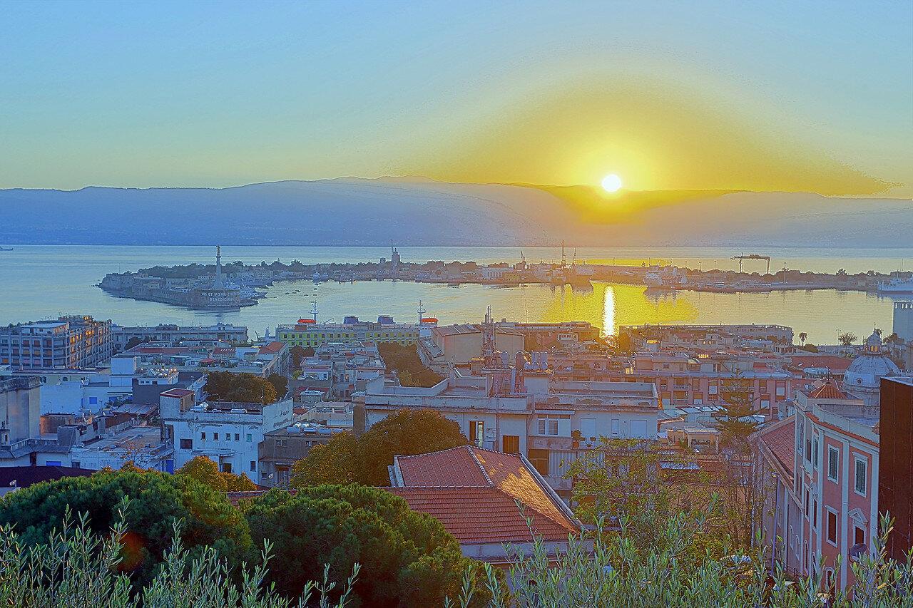 Messina, sunrise, HDR photo