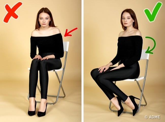 Проблема: поза сидя сповернутыми всторону камеры ногами делает силуэт похожим накоробку. Из-за не