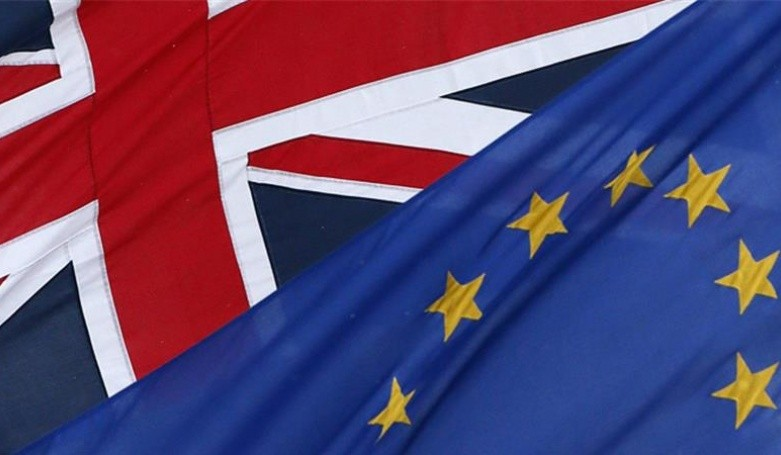 Дебаты поBrexit вбританском парламенте закончились глубокой ночью