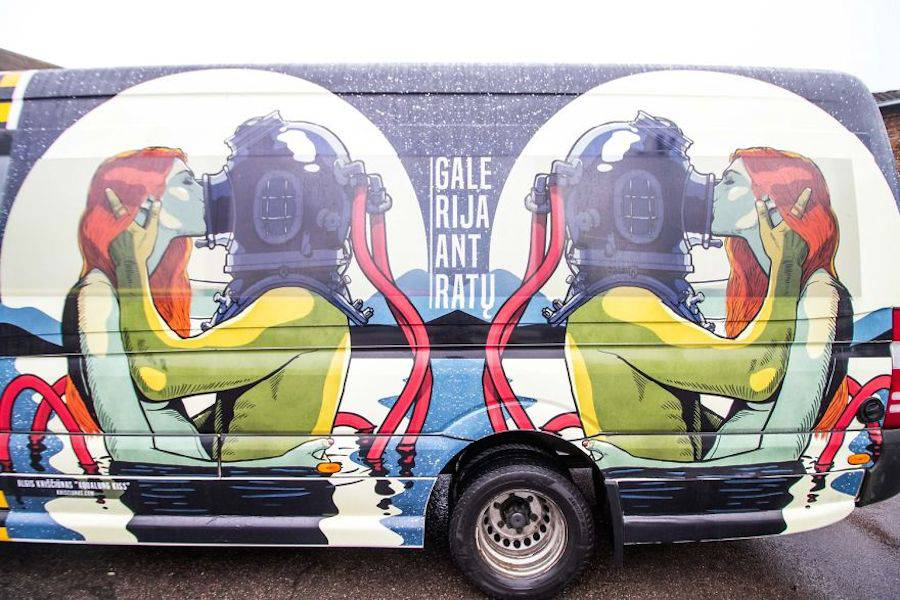 Pop Art on Public Transports in Lithuania (10 pics)