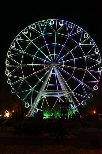 Колесо обозрения в парке Революции
