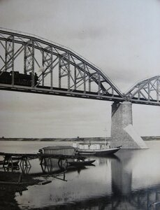 12. Железнодорожный мост через Оку