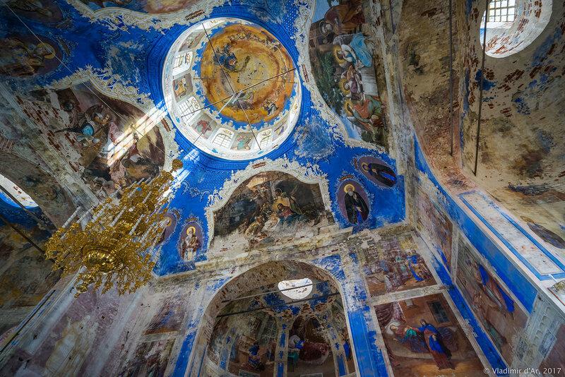 Церковь Иконы Божией Матери Феодоровская в Богоявленском Угличском монастыре