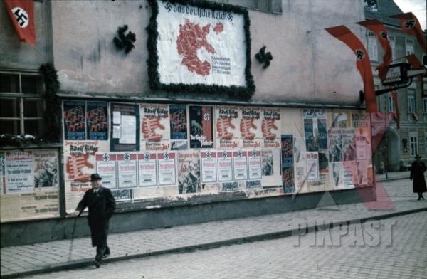 stock-photo-leoben-austria-1938-hitler-himmler-train-visit-industry-and-mines-flags-street-propaganda-posters-9736.jpg
