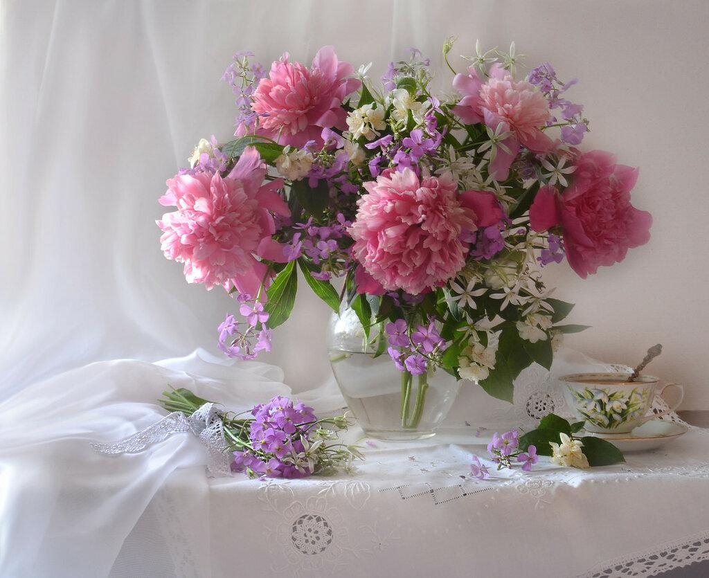 Розовые пионы для Леры...