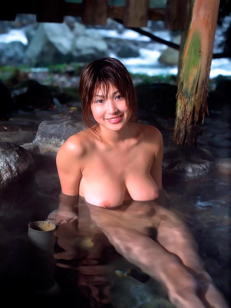 Откровенные снимки симпатичных азиаток