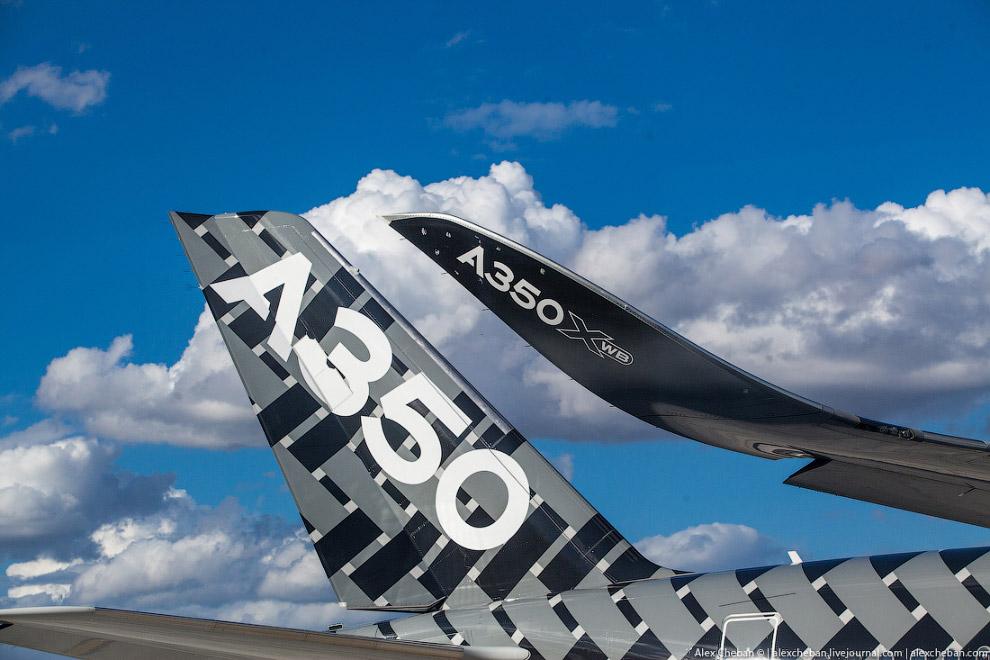 4. Для сравнения, его конкурент Boeing 787 состоит на 50 % из композитов, на 20 % из алюминия,