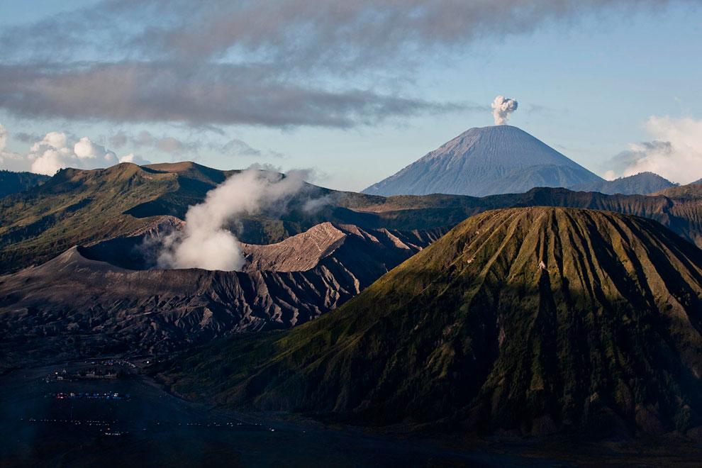 Сакурадзима — это действующий стратовулкан высотой 1 117 метров, расположенный на одноименном остров