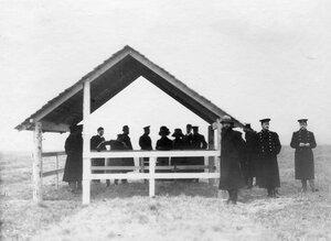 Группа участников праздника около места падения авиатора Л.М.Мациевича.